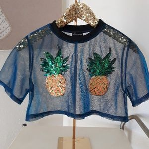 ❤ Prettylittlething Pineapple Top